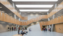Escuela Hessenwald / wulf architekten