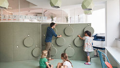 DSSI Elementary School Renovation / Daniel Valle