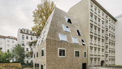 Apartment House Prenzlauer Berg  / Barkow Leibinger