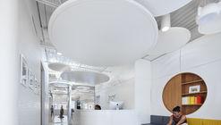 Dwana Smallwood Performing Arts Center / Jordan Parnass Digital Architecture