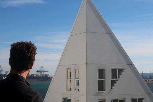 The Iceberg / CEBRA + JDS + SeARCH + Louis Paillard Architects. Image © José Tomás Franco