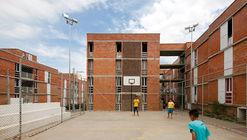 Urbanización del Jardim Vicentina  / Vigliecca & Associados