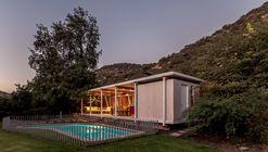 Pergola Pavilion  / PAR Arquitectos