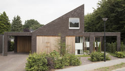 House Vlijmen  / Jan Couwenberg Architectuur