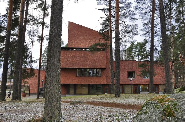 Spotlight: Alvar Aalto, Säynätsalo Town Hall. Image © Fernanda Castro