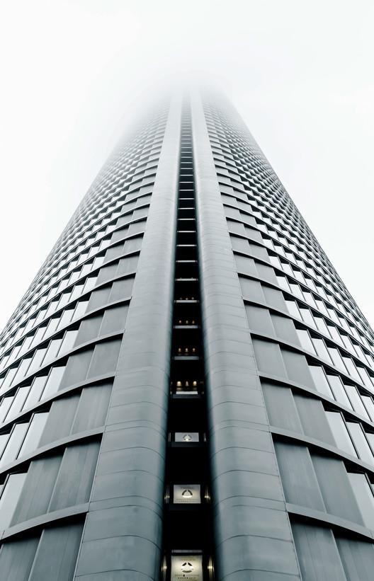 Torre PwC / Carlos Rubio Carvajal y Enrique Álvarez-Sala Walther. Imagem © Joel Filipe