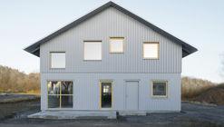 House 669 / HelgessonGonzaga Arkitekter