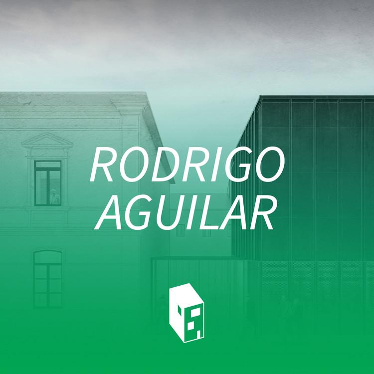 El playlist de Rodrigo Aguilar: 'La música se encarga de imaginar espacios donde transcurre la vida'