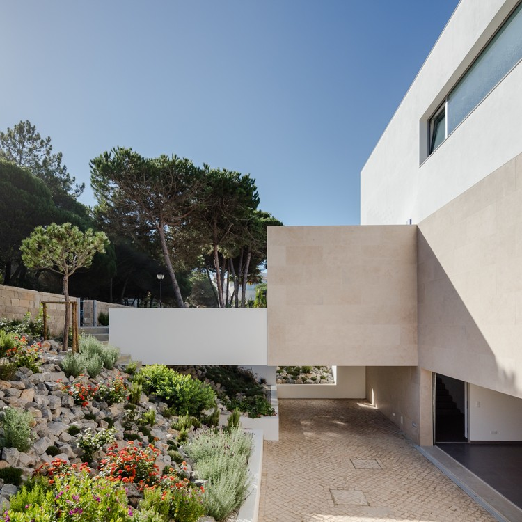 House obidos russell jones architects rsm arquitecto for Jones architecture