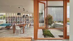Residência dos Artistas / Heliotrope Architects