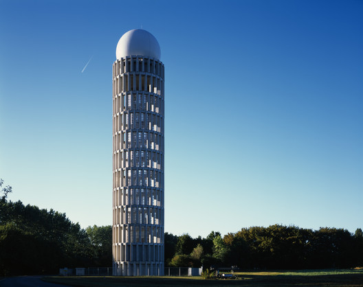 Radar Tower / Barthélémy Griño Architectes