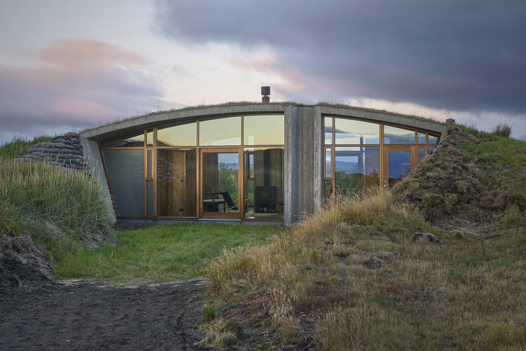 Garður Landhouse / Studio Granda, © Rui Ferreira