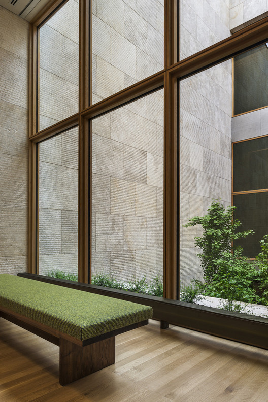 "The ""Gallery in a Garden"" at The Barnes Foundation. Image © The Barnes Foundation"