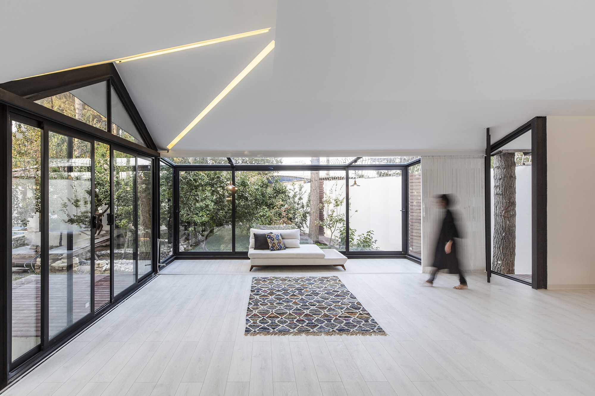 Aleshtar Architectural Office  Office  ArchDaily