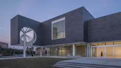 Moody Center for the Arts / Michael Maltzan Architecture