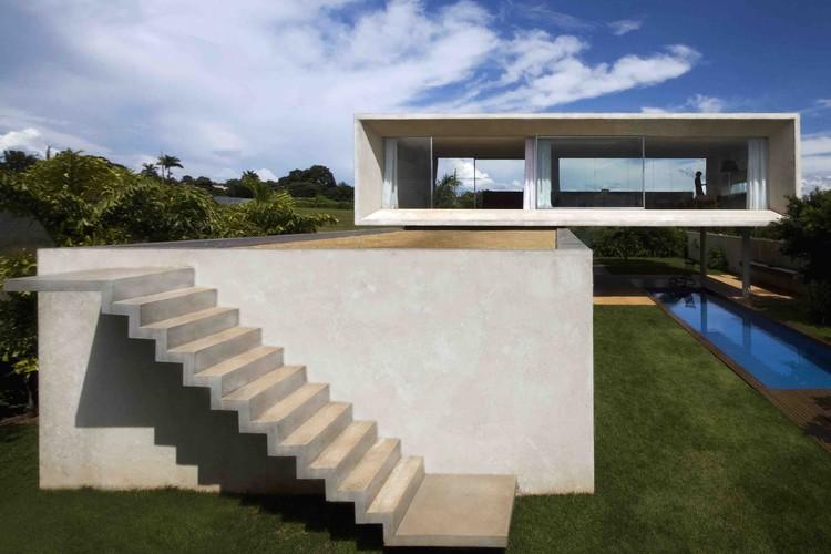 Osler House / Studio MK27 – Marcio Kogan + Suzana Glogowski, © Pedro Vannucchi