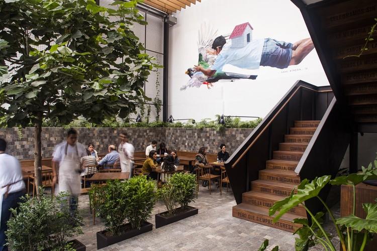 Café de Lima  / MASUNOSTUDIO, © PerTomas Kjaervik, Evelyn Merino