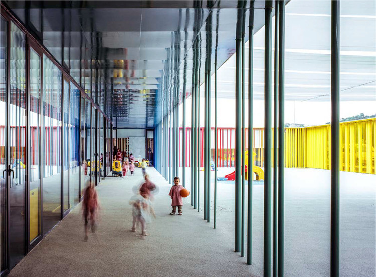 El Petit Comte Kindergarten (2010). Image © Hisao Suzuki courtesy of the Pritzker Prize