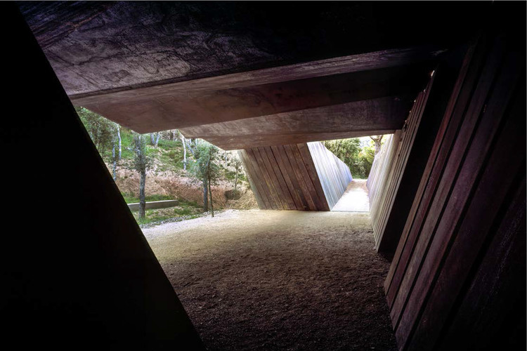 Bell–Lloc Winery (2007). Palamós, Girona, Spain. © Hisao Suzuki. Image Courtesy of Pritzker Architecture Prize