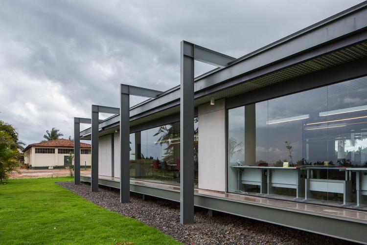 Escritório da Fazenda Santa Elisa / brro arquitetos | ArchDaily