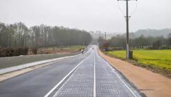 Francia inaugura su primera carretera solar que le da energía a un pueblo