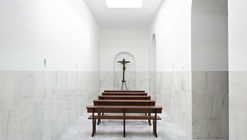 Blessed Sacrament Chapel / Pablo Millán