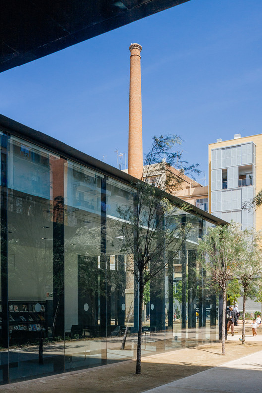 RCR Arquitectes' Sant Antoni - Joan Oliver Library, Photographed by Pedro Kok, Sant Antoni - Joan Oliver Library / RCR Arquitectes. Image © Pedro Kok