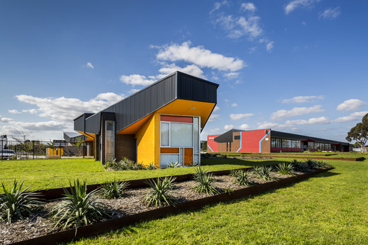 Wyndham Central College / Brand Architects
