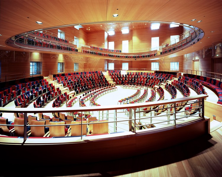 Frank Gehry Discusses the Design Behind his Recently Completed Concert Hall in Berlin, © Volker Kreidler. Courtesy of Pierre Boulez Saal