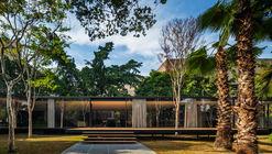 Residência C.J. / Andrade Morettin Arquitetos Associados