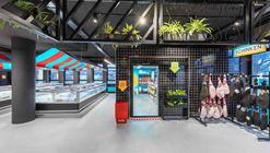 Solera Supermarket / Masquespacio