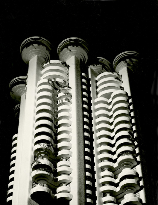 Torres Blancas, Madrid, 1969. Arquitecto: Francisco Javier Sáenz de Oiza. Image © Colección Arxiu Històric del Col·legi d'Arquitectes de Catalunya. Fotografía: L. Jiménez