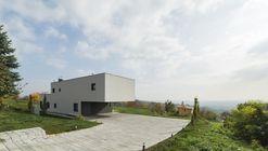 House B  / SODA Arhitekti