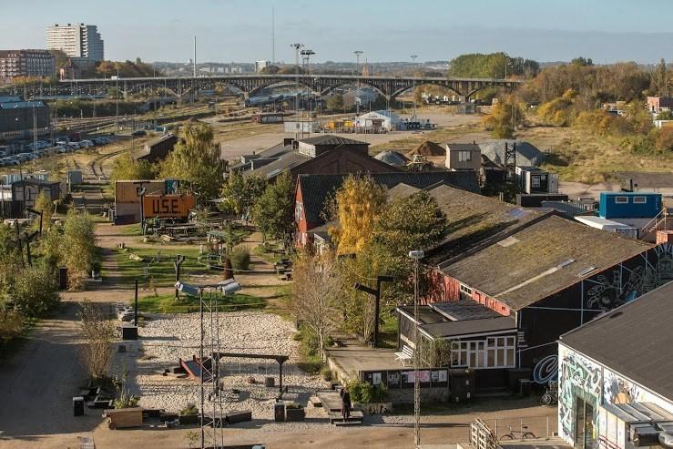 Godsbanearealerne, sitio de la nueva Escuela de Arquitectura de Aarhus. Imagen vía Arkitektskolan Aarhus