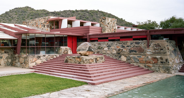 Frank Lloyd Wright School of Architecture Will Maintain Accreditation, Frank Lloyd Wright's Taliesin West, where students spend half of the year studying.. Image © Flickr user cmichael67. Licensed under CC BY 2.0