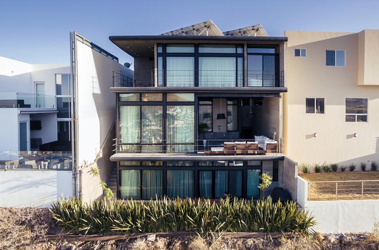 Casa Cima / Garza Iga Arquitectos, © Enrique Portillo