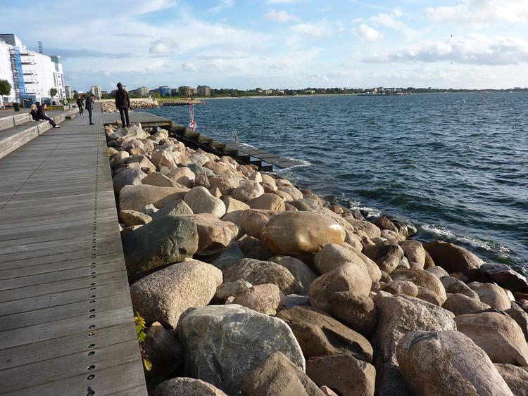 Sundspromenade, Vastra Hamnen (Western Harbour) / JAAA Landscape Architects. Imagem © Beth [Flickr], sob licença CC BY 2.0