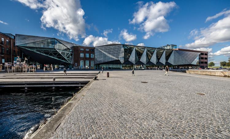 Espaço público Kulturhavn Kronborg - Culture Harbour Kronborg / JAAA Landscape Architects. Imagem © Maciek Lulko [Flickr], sob licença CC BY 2.0