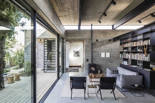 Casa desnuda / Jacobs-Yaniv Architects