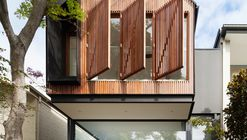 Casa de muñecas / Day Bukh Architects