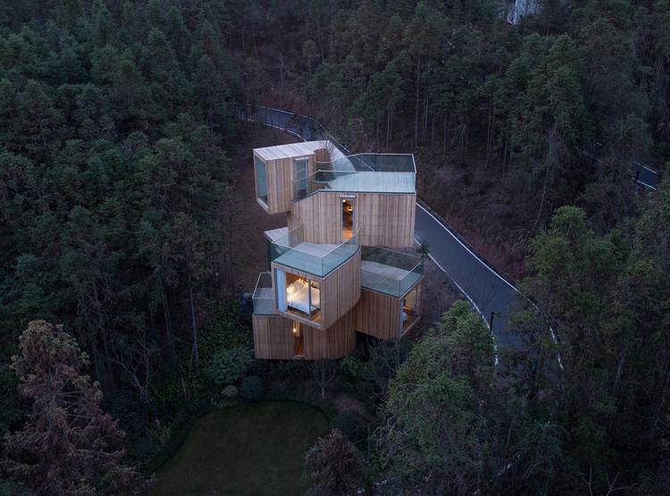 The Qiyun Mountain Tree House / Bengo Studio, © Chen Hao