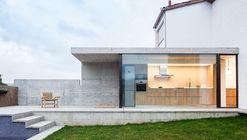 Outra Casa do Barrio  / Arnau Estudi d'Arquitectura