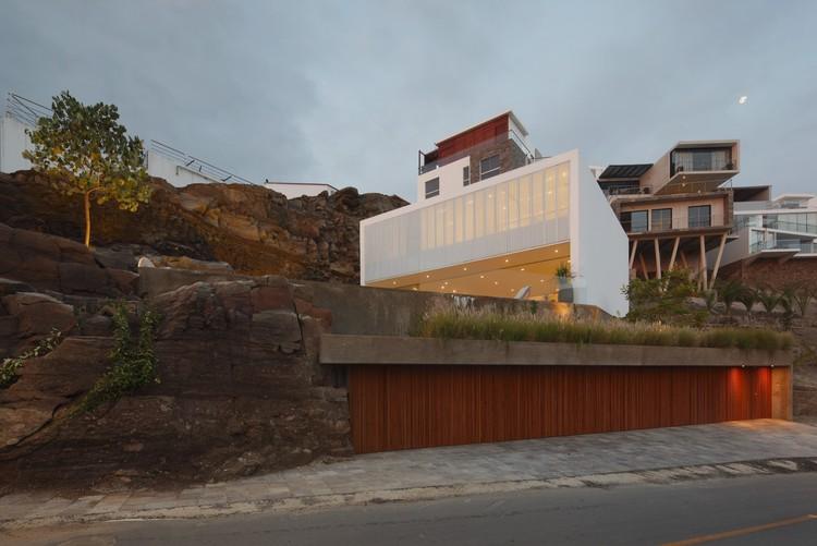 Lapa House / Martin Dulanto, © Juan Solano Ojasi