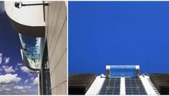 This Glass Bottomed Sky Pool is Suspended 500 Feet from the Ground