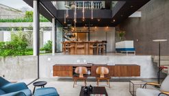 Mattos House / FGMF Arquitetos