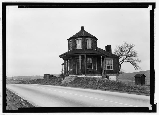 A toll house on the National Road. Image © A.S. Burns <a href='http://www.loc.gov/pictures/resource/hhh.pa3796.photos.215470p/'>via Library of Congress</a>