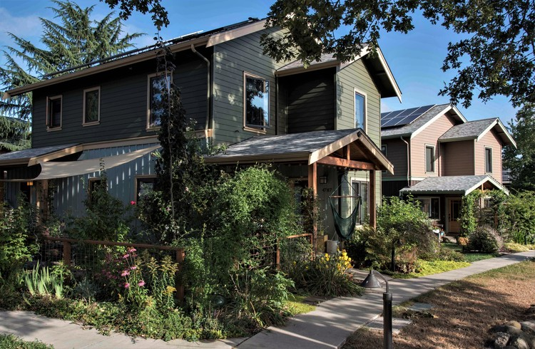 Cully Grove; Portland, Oregon / Green Gables Design and Restoration. Imagen © Brian Foulkes