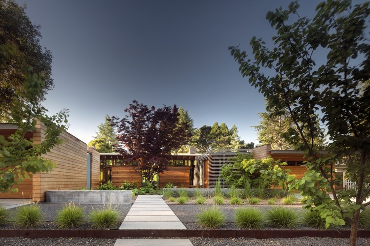 Los Altos Residence; Los Altos, California / Bohlin Cywinski Jackson. Image © Nic Lehoux