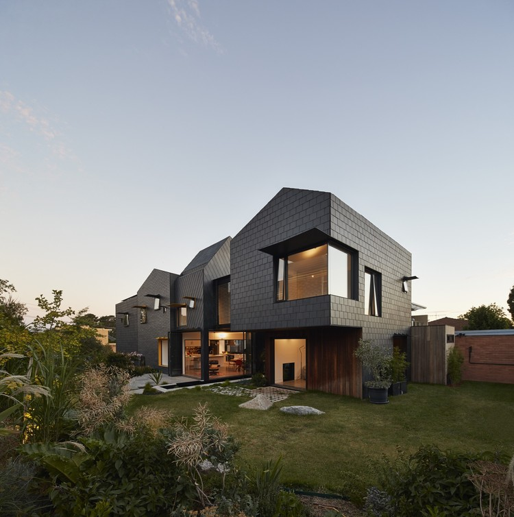 Hill House By Andrew Maynard Architects: Charles House / Austin Maynard Architects
