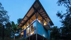 Casa HC  / João Diniz Arquitetura